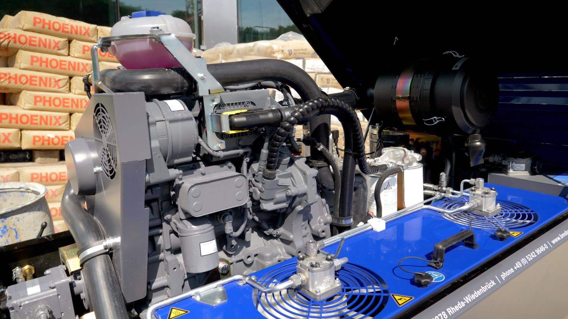 Deutz-Turbodieselmotor mit 44,5 kW (2,2 Liter Hubraum)
